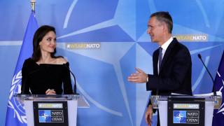 Ηχηρό μήνυμα της Αντζελίνας Τζολί στο ΝΑΤΟ για τη σεξουαλική βία στις εμπόλεμες χώρες