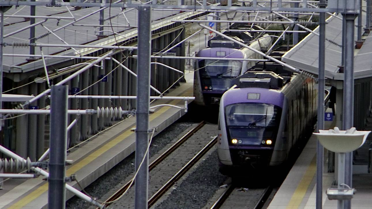 Προαστιακός: Ξεκίνησαν τα δρομολόγια Πειραιάς - Αεροδρόμιο - Ποια τα νέα επιπλέον δρομολόγια