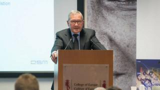 Συνέχιση των μεταρρυθμίσεων ζητά ο Ρέγκλινγκ από την Ελλάδα