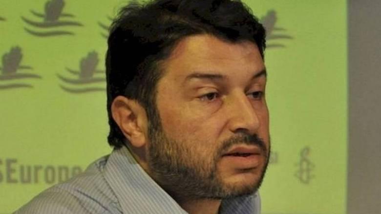ΕΕ: Ανησυχητική η ανατροπή της απόφασης απελευθέρωσης του προέδρου της Διεθνούς Αμνηστίας