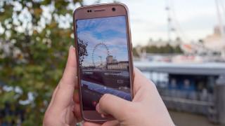 Αρνητικό ρεκόρ στις πωλήσεις των smartphones