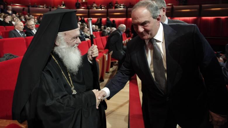 Συνάντηση Κ. Καραμανλή-Αρχιεπίσκοπου Ιερώνυμου για το Σκοπιανό