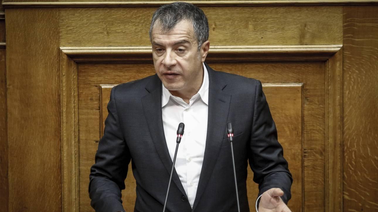 Στ. Θεοδωράκης: Κανείς και ειδικά ο Μίκης δεν μπορεί να κριθεί από μια και μόνο απόφαση του