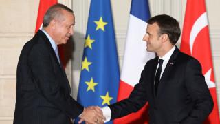 Διαβεβαιώσεις Ερντογάν στον Μακρόν πως η Τουρκία δεν εποφθαλμιά εδάφη άλλης χώρας