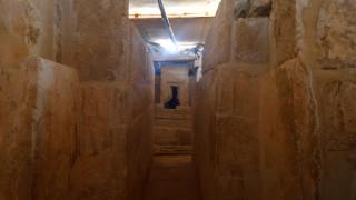 Τάφος ηλικίας χιλιάδων ετών και εντυπωσιακές τοιχογραφίες βρέθηκε στην Αίγυπτο