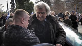Συλλαλητήριο Αθήνα: Η στιγμή που ο Μίκης Θεοδωράκης ανεβαίνει στην εξέδρα (vid)