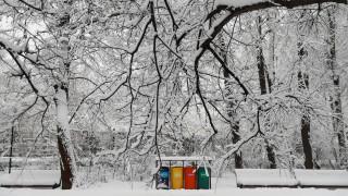 Από τη χειρότερη καταγεγραμμένη χιονόπτωση πλήττεται η Μόσχα: Τουλάχιστον ένας νεκρός (pics)