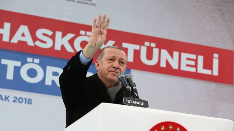 Ερντογάν: Η Άγκυρα θα συνεχίσει τις επιχειρήσεις στη βόρεια Συρία με αποφασιστικότητα
