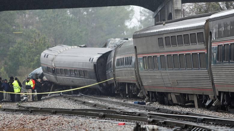 Σε ανθρώπινο λάθος οφείλεται το σιδηροδρομικό δυστύχημα στη Νότια Καρολίνα