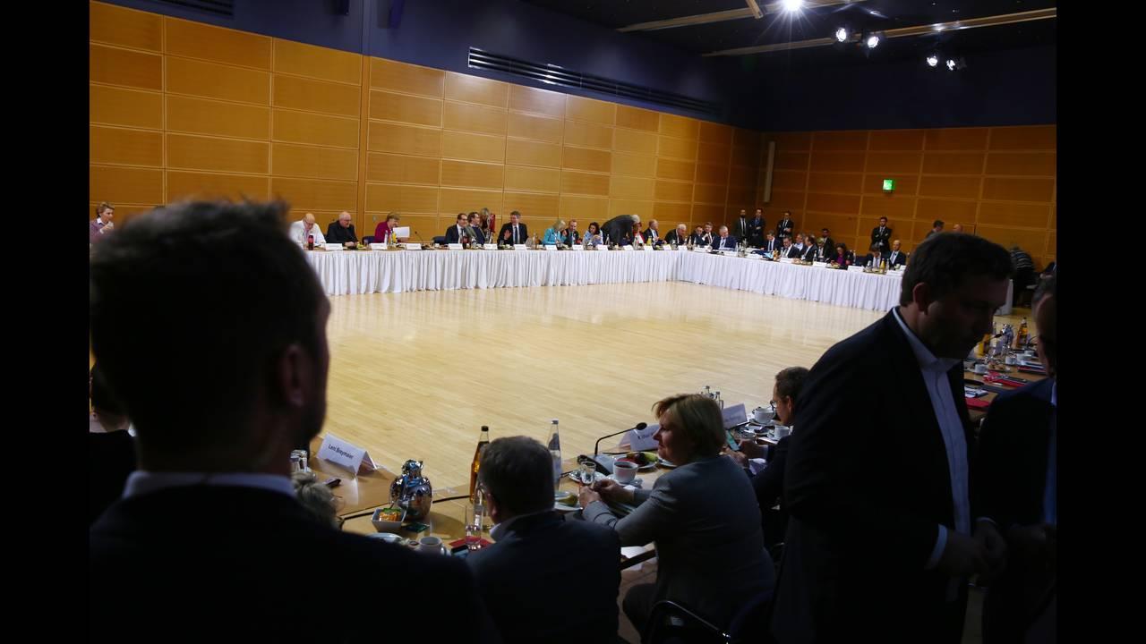 https://cdn.cnngreece.gr/media/news/2018/02/05/116351/photos/snapshot/2018-02-02T160259Z_1875600422_UP1EE2218KZ4K_RTRMADP_3_GERMANY-POLITICS.JPG