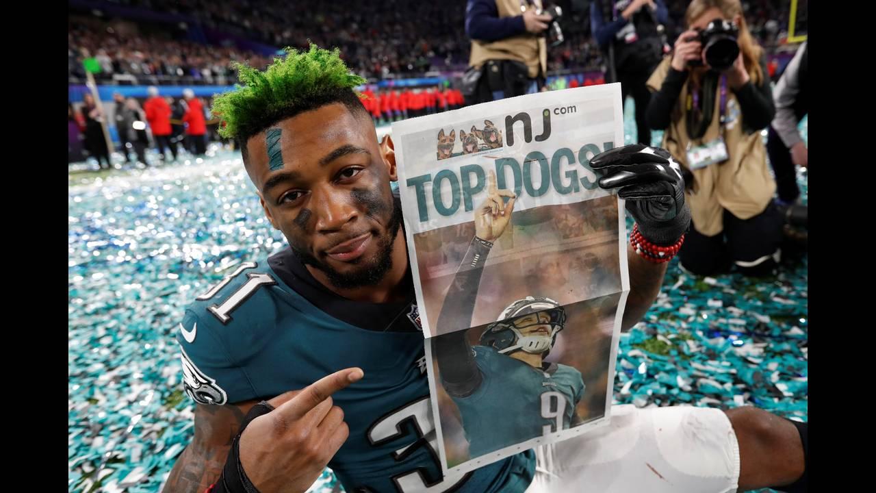 https://cdn.cnngreece.gr/media/news/2018/02/05/116413/photos/snapshot/2018-02-05T034158Z_565419634_RC1238CA5270_RTRMADP_3_FOOTBALL-NFL-SUPERBOWL.JPG