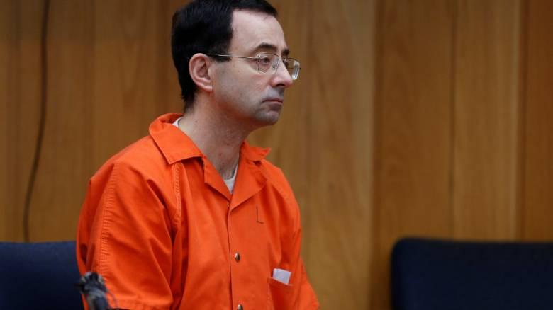 Λάρι Νασάρ: Σε κάθειρξη 40-125 ετών καταδικάστηκε ο πρώην γιατρός της ολυμπιακής ομάδας ενόργανης