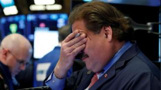 Μαζικό ξεπούλημα στη Wall Street