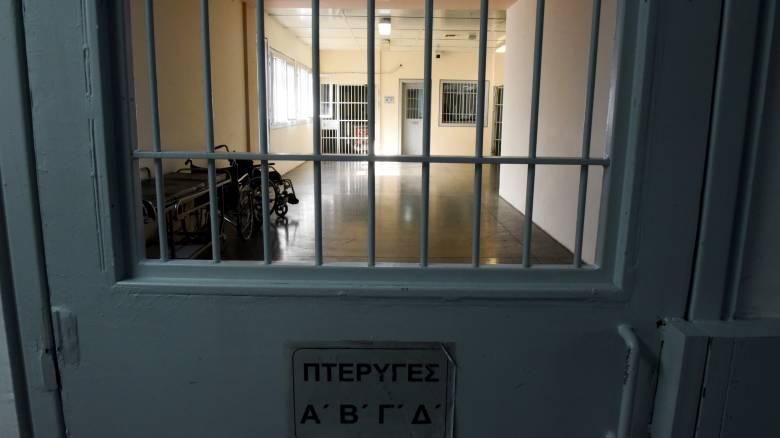Πέθανε 26χρονος στη φυλακή από φλεγμονή στο δόντι