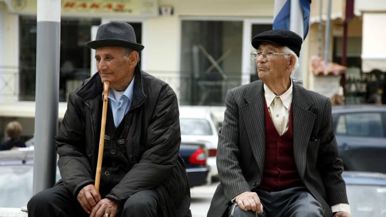 Γερασμένος ο πληθυσμός της Ελλάδας: Στις χώρες με τους υψηλότερους δείκτες υπεργηρίας της Ε.Ε.