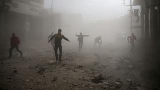 Συρία: Δεκάδες άμαχοι νεκροί σε αεροπορικές επιδρομές