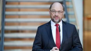 Γερμανία: Ο Σουτλς παραιτείται από την ηγεσία του SPD