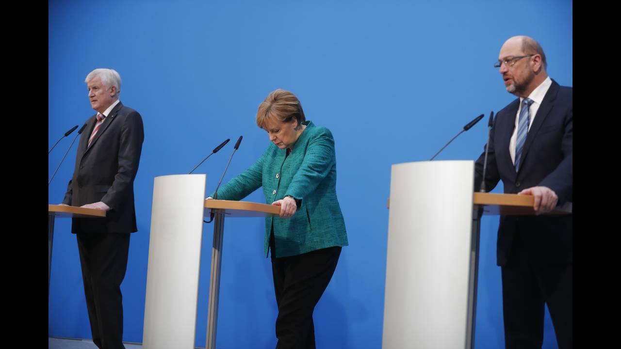 https://cdn.cnngreece.gr/media/news/2018/02/07/116716/photos/snapshot/2018-02-07T142354Z_775606596_UP1EE2713ZUKV_RTRMADP_3_GERMANY-POLITICS-STATEMENTS.JPG