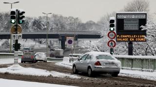 Προβλήματα στο αεροδρόμιο του Παρισιού λόγω του χιονιά