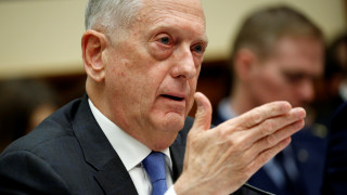 Μάτις: Περίεργη η επίθεση εναντίον των συμμαχικών δυνάμεων στη Συρία