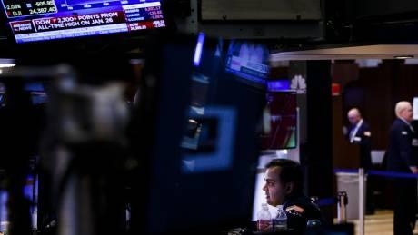 Νέα βουτιά στη Wall Street