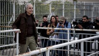 Εκτός φυλακής με άδεια ο Δημήτρης Κουφοντίνας