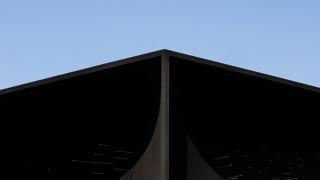 Χειμερινοί Ολυμπιακοί 2018: χαθείτε μέσα στο πιο σκοτεινό κτίριο-μαύρη τρύπα του πλανήτη (pics&vid)