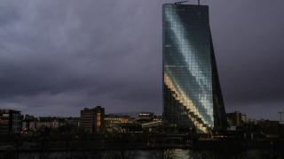 ΕΚΤ: Καμία αύξηση των βασικών επιτοκίων στην Ευρώπη το 2018