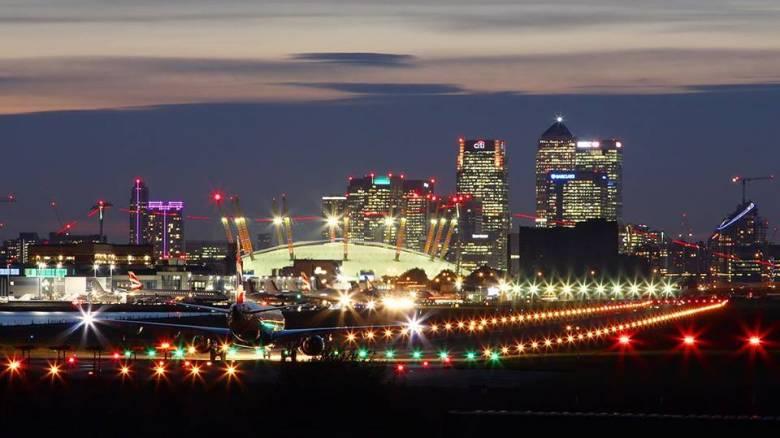 Έκλεισε το αεροδρόμιο London City μετά τον εντοπισμό βόμβας του Δευτέρου Παγκοσμίου Πολέμου
