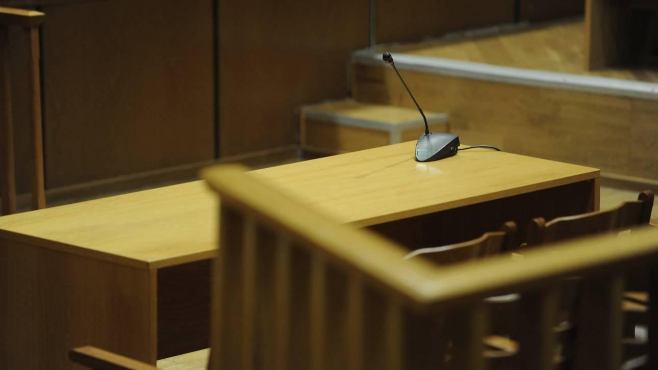 Αναβλήθηκε η δίκη της γραμματέως του πρώην επικεφαλής της Novartis
