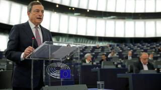 Ντράγκι: Δεν είναι δουλειά της ΕΚΤ να ρυθμίσει το bitcoin
