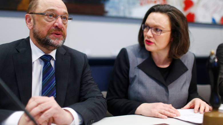 O Σουλτς «αποχαιρετά» το SPD και παραδίδει την ηγεσία στην Αντρέα Νάλες