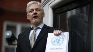 Σε ισχύ το ένταλμα σύλληψης που έχει εκδοθεί σε βάρος του Ασάνζ από τη Βρετανία