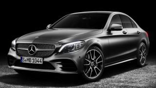 Η Mercedes C-Class ανανεώνεται και γίνεται πιο high tech