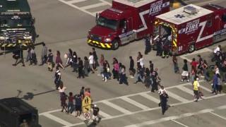 Πυροβολισμοί σε σχολείο της Φλόριντα με αρκετούς νεκρούς και τραυματίες