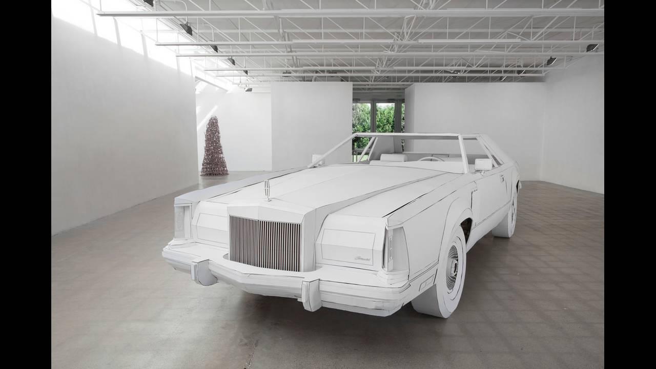 https://cdn.cnngreece.gr/media/news/2018/02/15/117818/photos/snapshot/car-made-of-cardboard-01.jpg