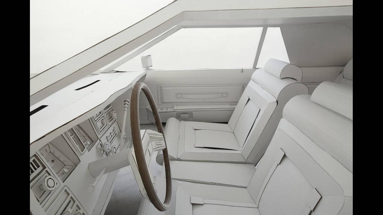 https://cdn.cnngreece.gr/media/news/2018/02/15/117818/photos/snapshot/car-made-of-cardboard-04.jpg