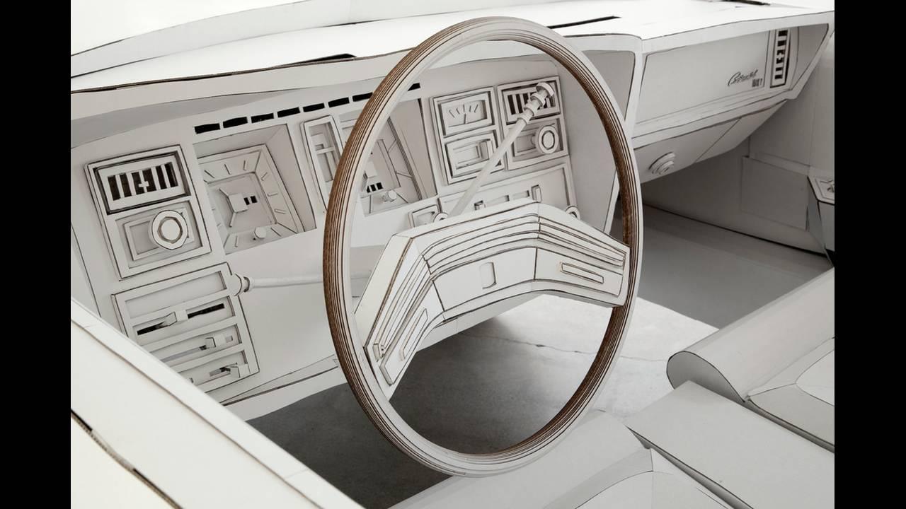 https://cdn.cnngreece.gr/media/news/2018/02/15/117818/photos/snapshot/car-made-of-cardboard-05.jpg