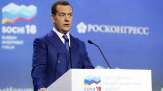 Μεντβέντεφ: Οι ΗΠΑ προσπαθούν να εκτοπίσουν από την Ευρώπη τις ρωσικές εταιρείες