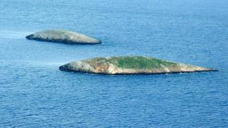 Hurriyet: Κατασκευάζεται φυλάκιο σε νησάκι απέναντι από τα Ίμια