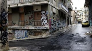«Μπαρούτι» τα Εξάρχεια: Αντιεξουσιαστές κήρυξαν πόλεμο στη «μαφία των ναρκωτικών»