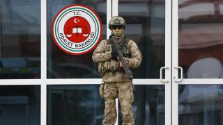 Τουρκία: Ισόβια κάθειρξη σε τρεις εξέχοντες δημοσιογράφους για συμμετοχή στο πραξικόπημα