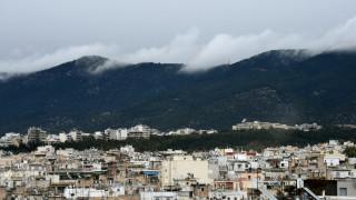 Καιρός: Νεφώσεις με λίγες βροχές το Σάββατο