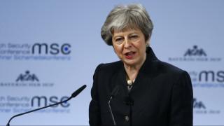 «Όχι» της Μέι σε νέο δημοψήφισμα: «Φεύγουμε από την Ε.Ε.»