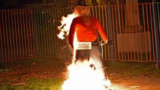 Απόκριες 2018: Στο Ναύπλιο έκαψαν τα... Μνημόνια