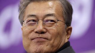 Μουν Τζε-ιν: Είναι ακόμη νωρίς για να οργανωθεί σύνοδος κορυφής με τη Β. Κορέα
