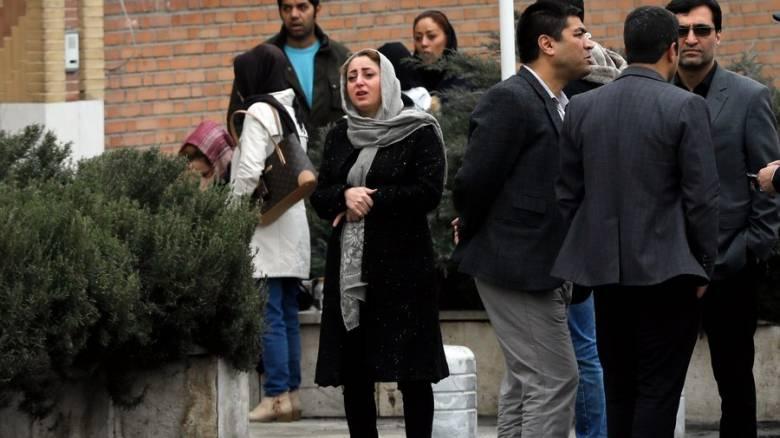Ιράν: Ώρες αγωνίας για τις οικογένειες των επιβατών μετά τη νέα αεροπορική τραγωδία