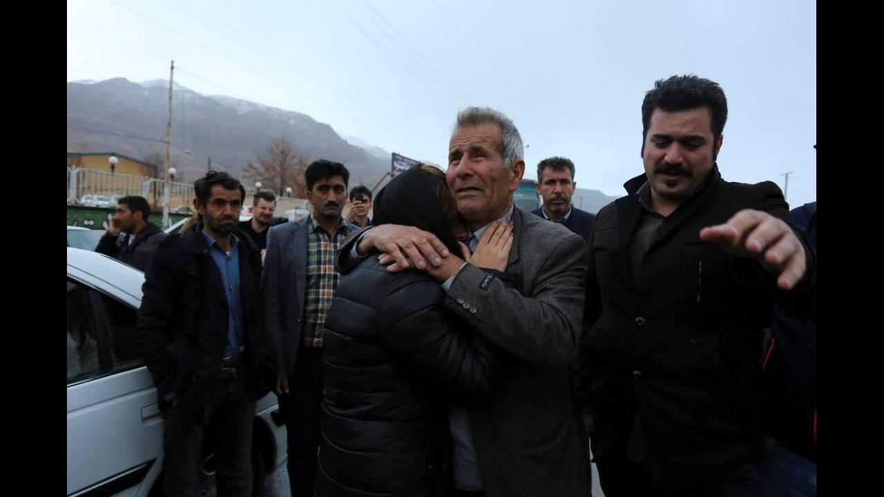 https://cdn.cnngreece.gr/media/news/2018/02/18/118244/photos/snapshot/2018-02-18T151341Z_632152474_RC1C8C119170_RTRMADP_3_IRAN-AIRPLANE.JPG