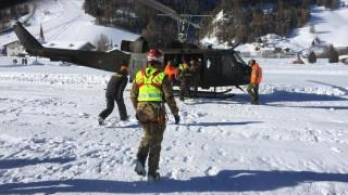 Ελβετία: Χιονοστιβάδα παρέσυρε 10 ορειβάτες – Σε εξέλιξη έρευνες