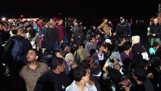 Λεκλέρκ: Η Κομισιόν θα χρηματοδοτήσει διαμερίσματα για πρόσφυγες και το 2019
